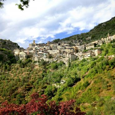 trekking alps to the french riviera